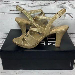 Naturalizer Dianna Gold Strappy Sandal sz 7M